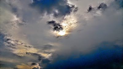 Langit gelap